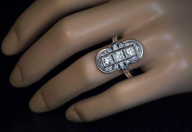 Art Deco Platinum Diamond Ring 1930s 2