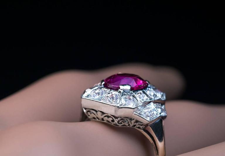 Art Deco 2.60 Carat Burmese Ruby Diamond Gold Platinum Engagement Ring In Excellent Condition For Sale In Chicago, IL