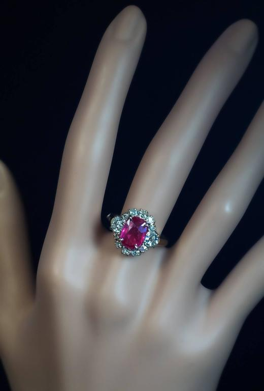 2.71 Carat Burma Ruby Diamond Engagement Ring In Excellent Condition For Sale In Chicago, IL