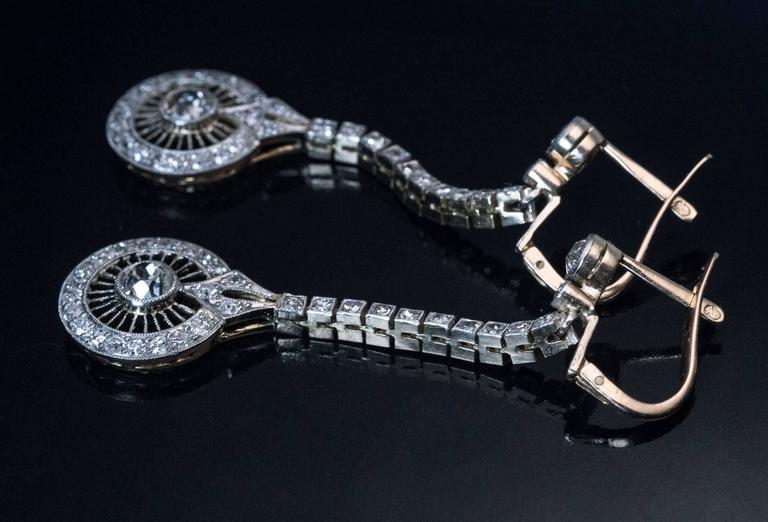Women's 1920s Art Deco Diamond Gold Platinum Dangle Earrings For Sale