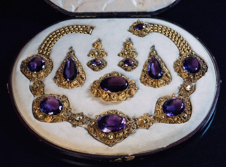 Antique Georgian Era Amethyst Chrysoberyl Gold Parure, circa 1830 For Sale 3