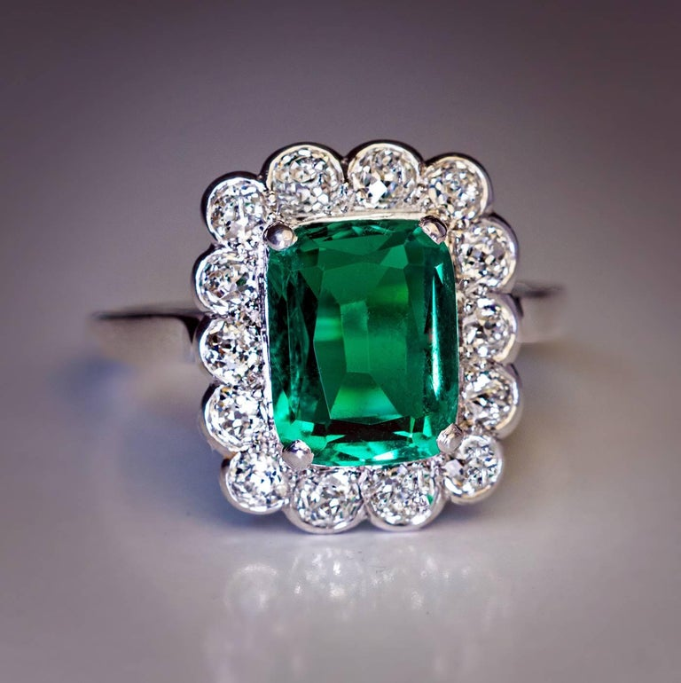 Rare Untreated 2.31 Carat Colombian Emerald Diamond Ring For Sale 1