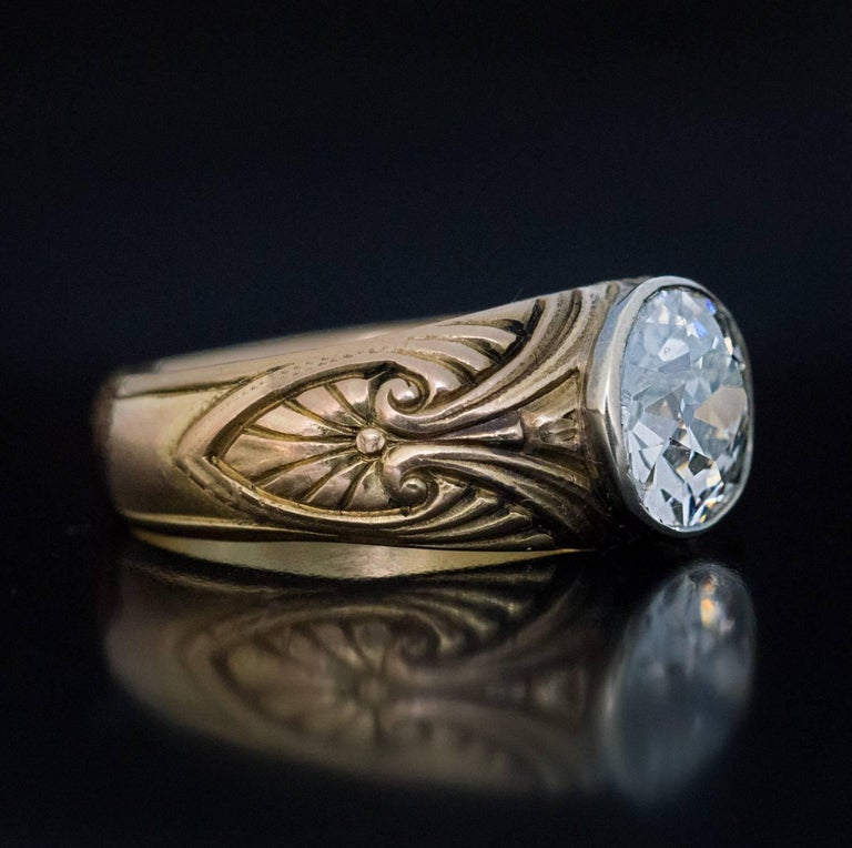 Art Nouveau Antique Russian 1.85 Carat Old Mine Cut Diamond Gold  Ring For Sale