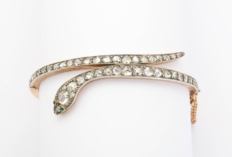 Victorian Emerald Eyed Diamond Snake Bracelet In Excellent Condition For Sale In Stamford, CT