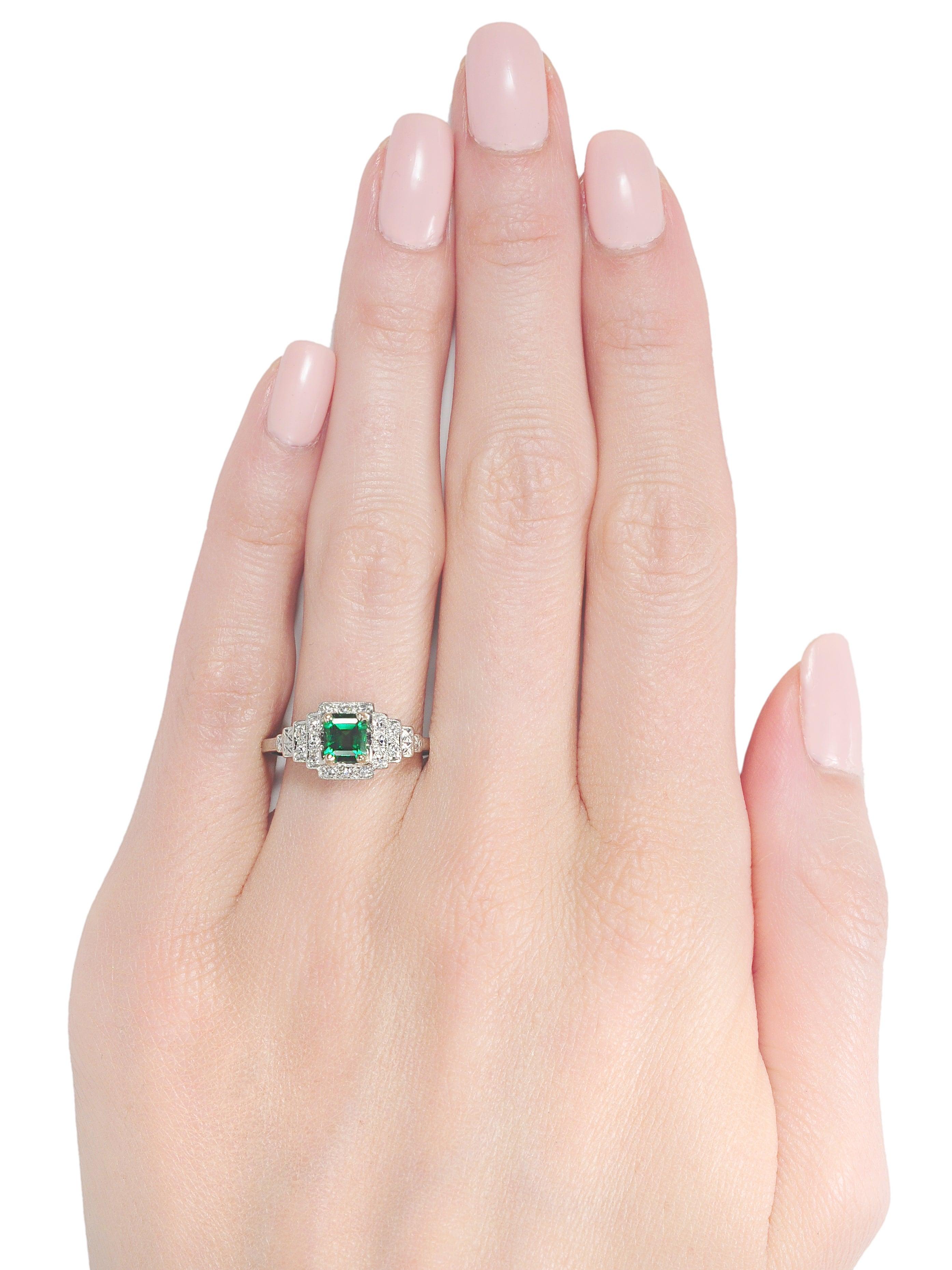 Art Deco Tsavorite Diamond Platinum Ring For Sale at 1stdibs