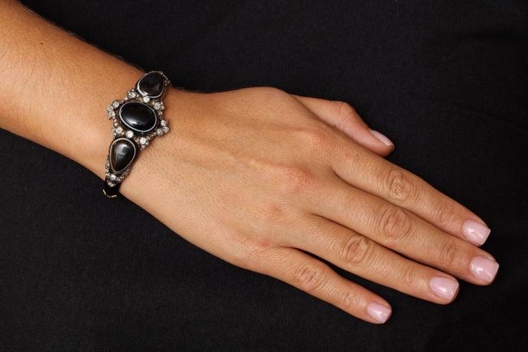 15 kt Victorian Diamond and Banded Agate Enamel Bracelet  For Sale 2