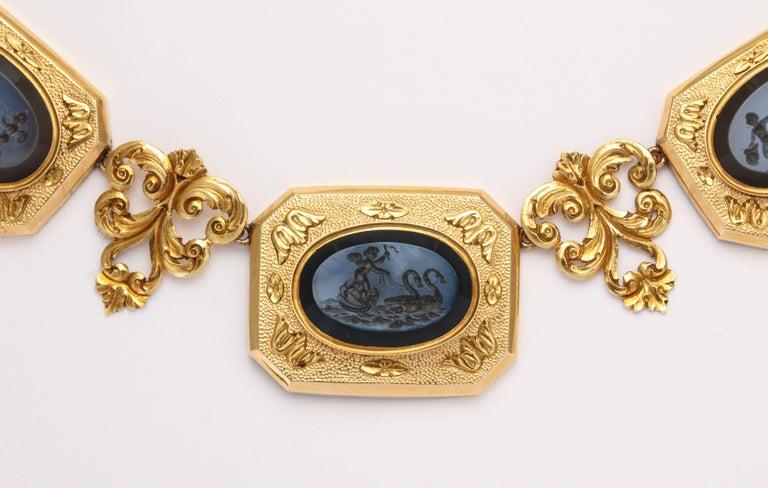 18 KT  Hardstone Intaglios Necklace  c.1860 Eleven Mythological Figures In Excellent Condition For Sale In Stamford, CT