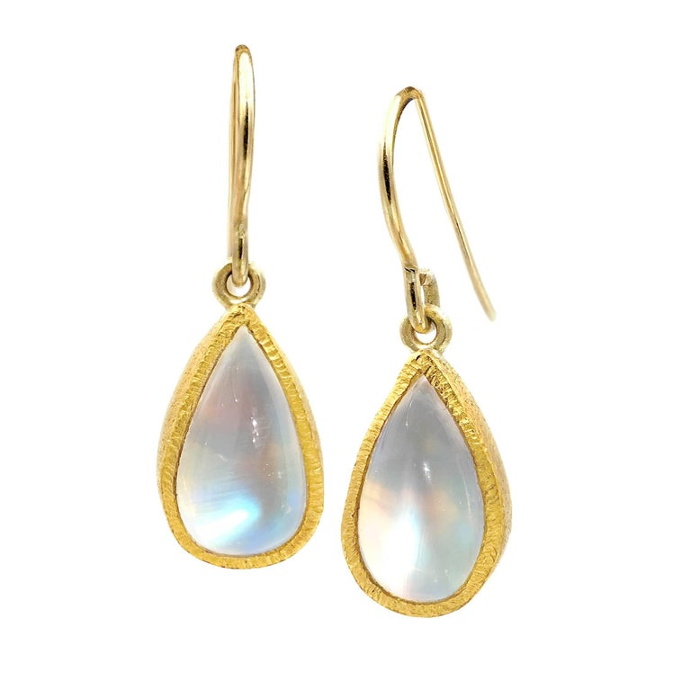 Devta Doolan Very Fine Quality Rainbow Moonstone Dangle Drop Earrings