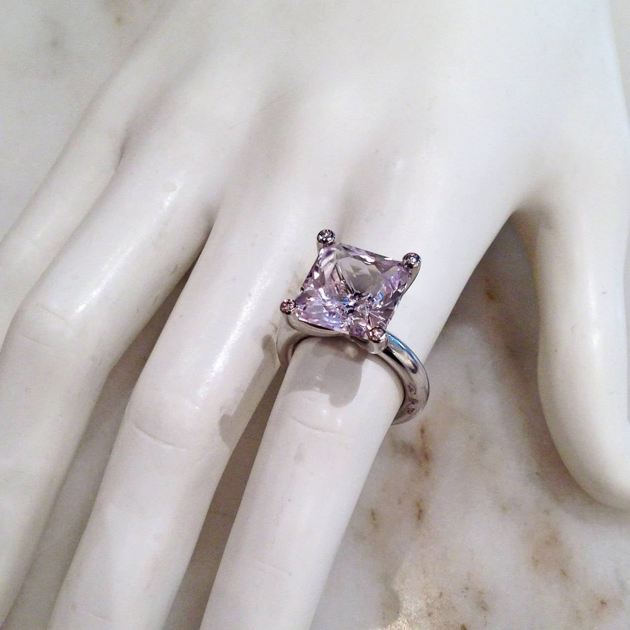 Erich Zimmermann One of a Kind Pale Pink Kunzite Diamond Gold Princess Ring 3