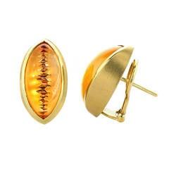 Atelier Munsteiner One-of-a-Kind Icicle-Cut Vivid Orange Citrine Gold Earrings