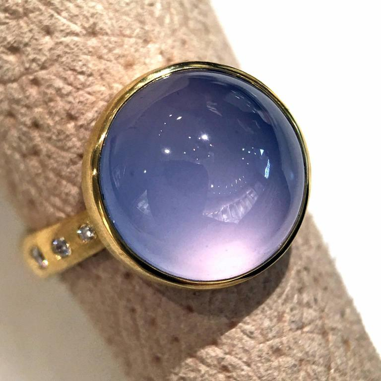 Robin Waynee Glowing Blue Violet Chalcedony White Diamond Gold Handmade Ring In As New Condition For Sale In Dallas, TX