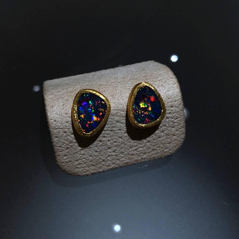 Devta Doolan Vibrant Red Fire Blue Violet Opal Doublet Gold Stud Earrings 3