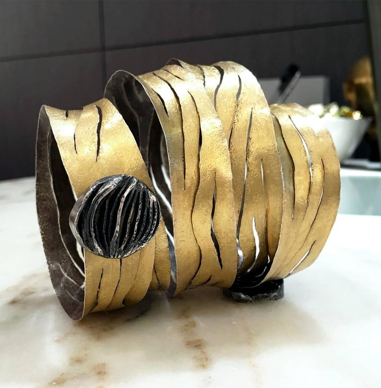 Modern Reiko Ishiyama One of a Kind Gold Oxidized Silver Double Clasp Spiral Bracelet For Sale