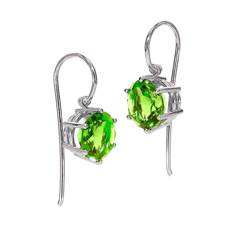 Erich Zimmermann Germany Matched Green Peridot Gold Handmade Princess Earrings For Sale