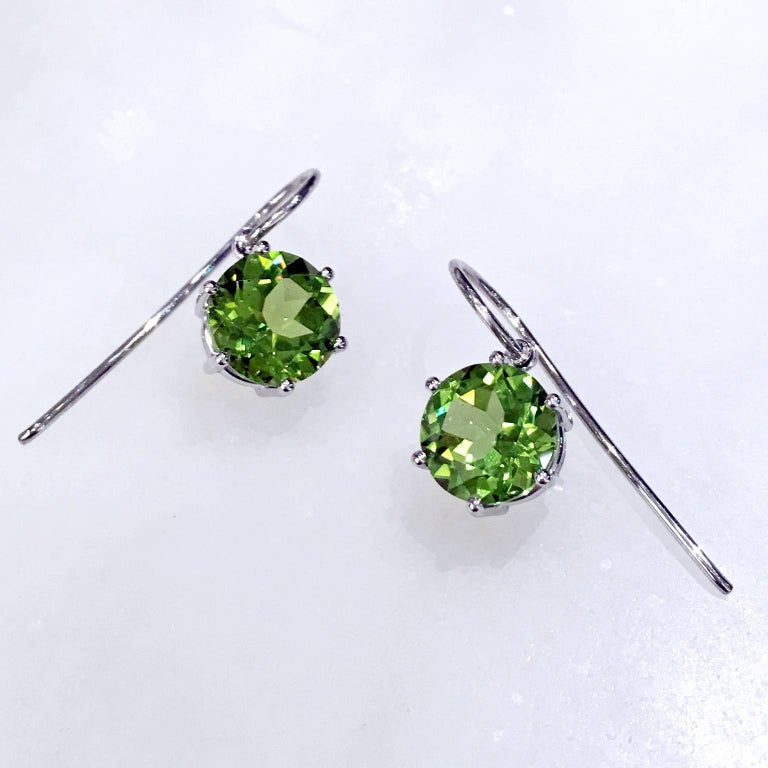 Modern Erich Zimmermann Germany Matched Green Peridot Gold Handmade Princess Earrings For Sale