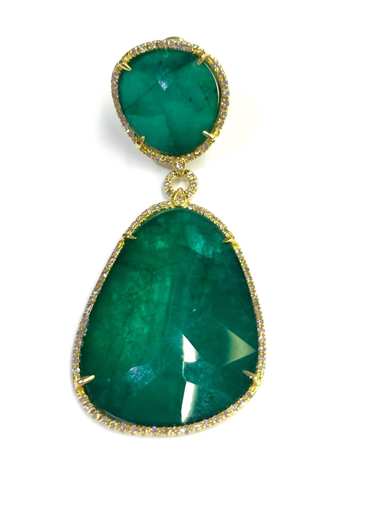 One Pair Of 14kt Yellow Gold Emerald Doublet Slice Drop Earrings Featuring 0 95tw Si