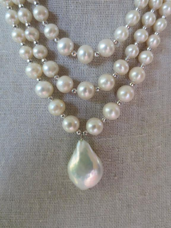 Woven Pearl Draped Choker with Sliding Clasp and Large Baroque Pearl 8