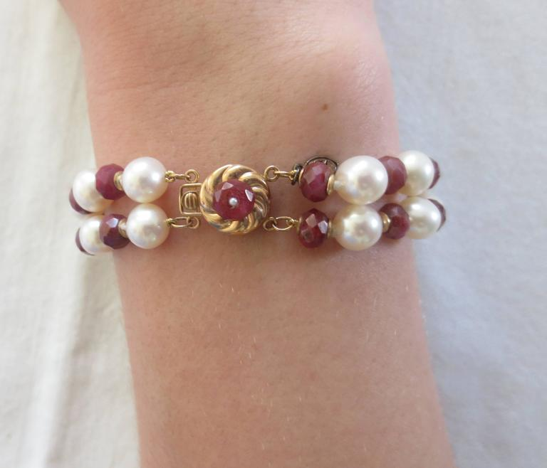 Marina j White Pearl and Faceted Ruby Beaded Bracelet & 14 K Yellow Gold Clasp In New Condition For Sale In Beverly Hills, CA