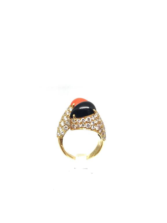 Cartier Diamond Coral and Onyx Gold Crossover Ring  In Excellent Condition For Sale In New York, NY
