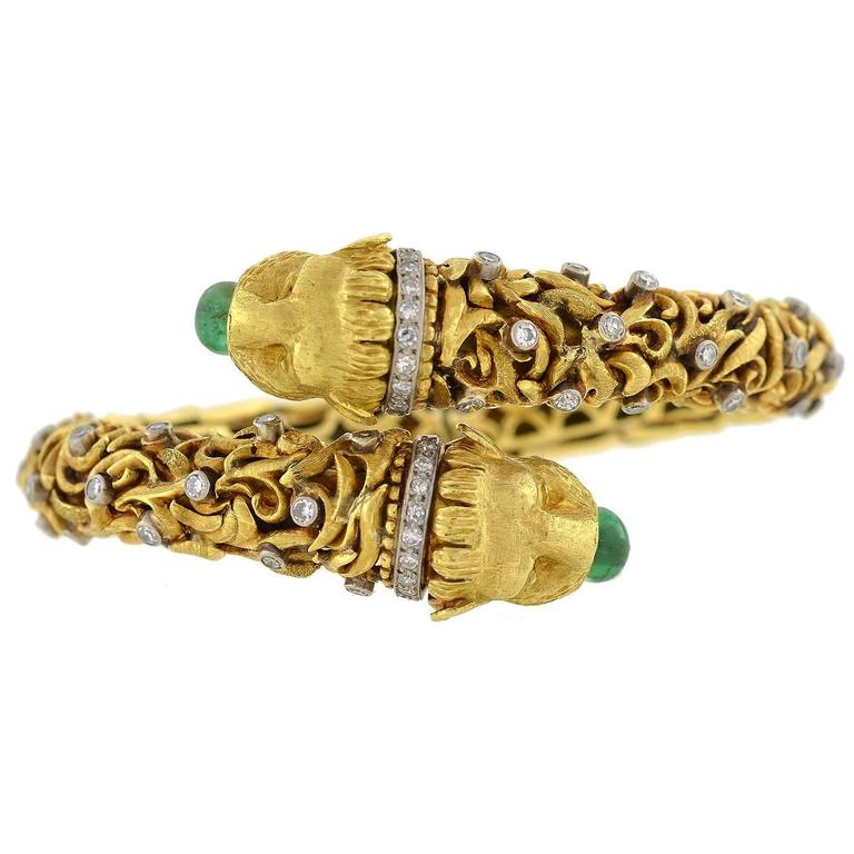 1960s Zolotas Emerald Diamond Gold Lion Bracelet 2