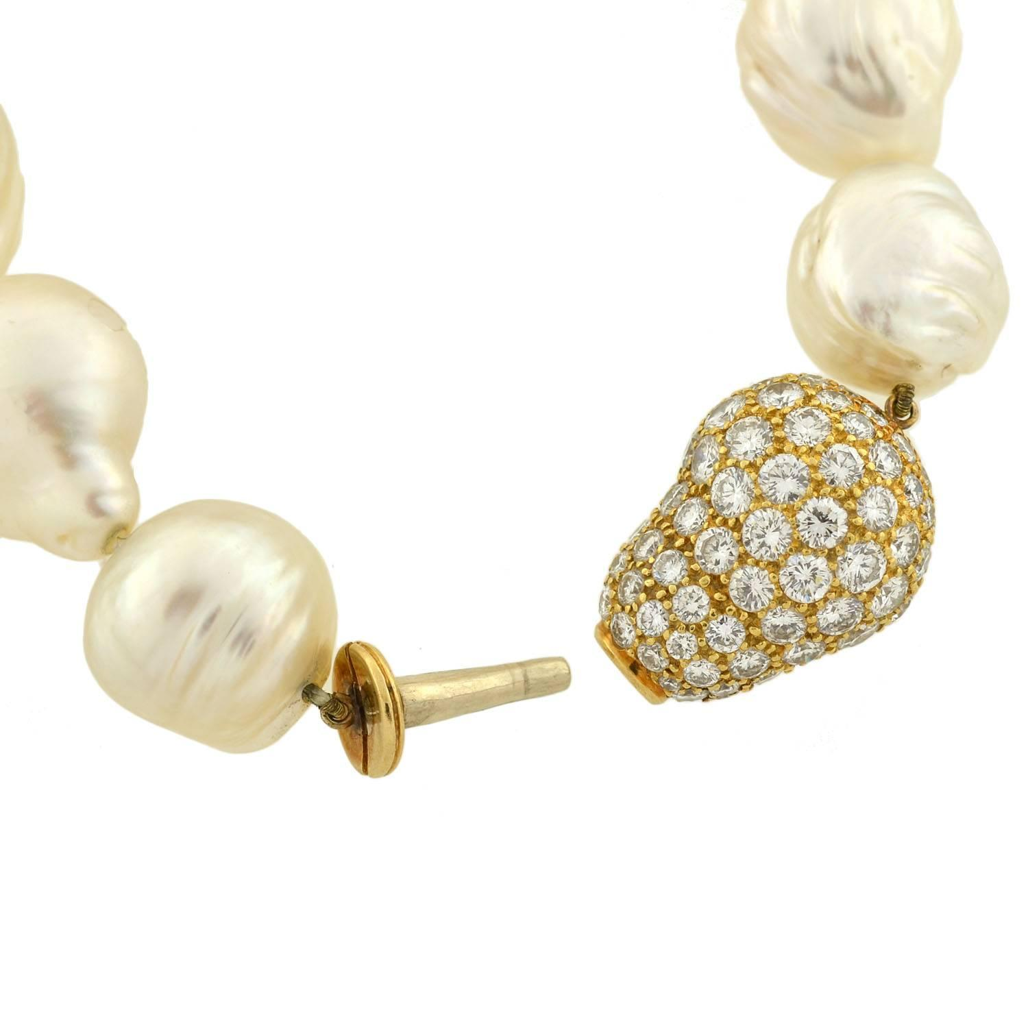 Geno Multi Strand Pearl Necklace with Gold Decorative ... |Modern Jewelry Clasp