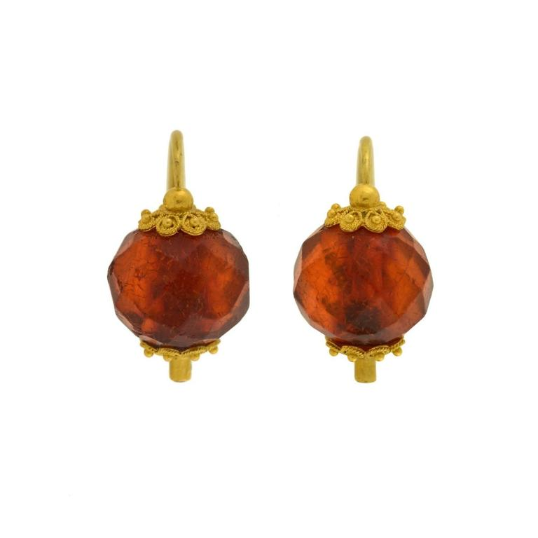 "Victorian ""Day and Night"" Etruscan Carved Amber Gold Earrings 2"