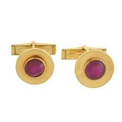J.E. Caldwell Retro Burmese Ruby Cabochon Gold Cufflinks