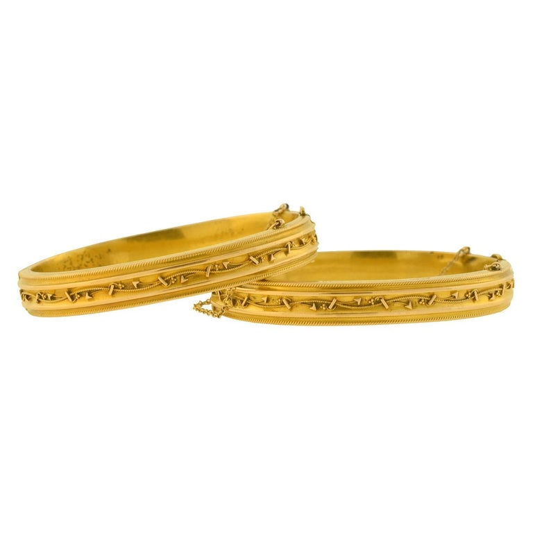 "Late Victorian ""Rope & Arrow"" Gold Bangle Bracelet Wedding Set For Sale"