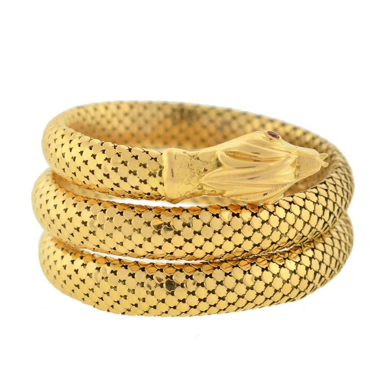 Retro Gold Flexible Wrap-Around Coiled Snake Bracelet 2