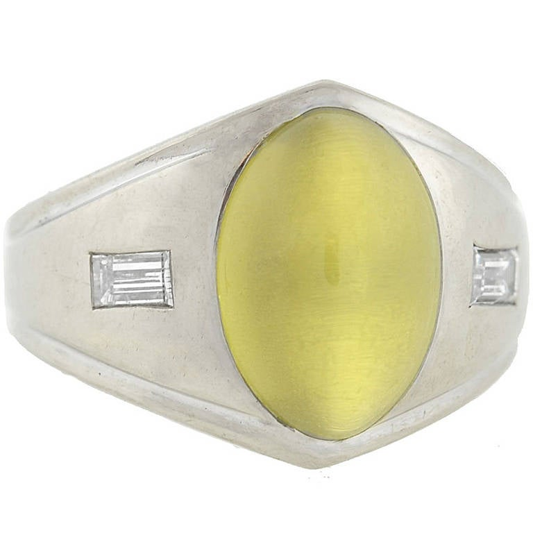 Late Victorian Cat's Eye Chrysoberyl Diamond White Gold Ring