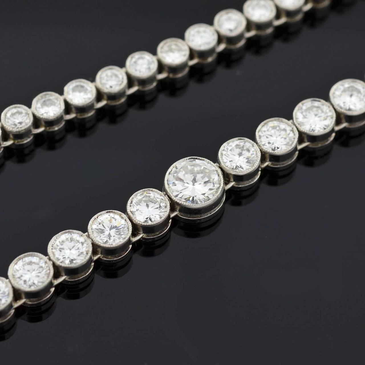 Contemporary Diamond Riviere Necklace For Sale 1