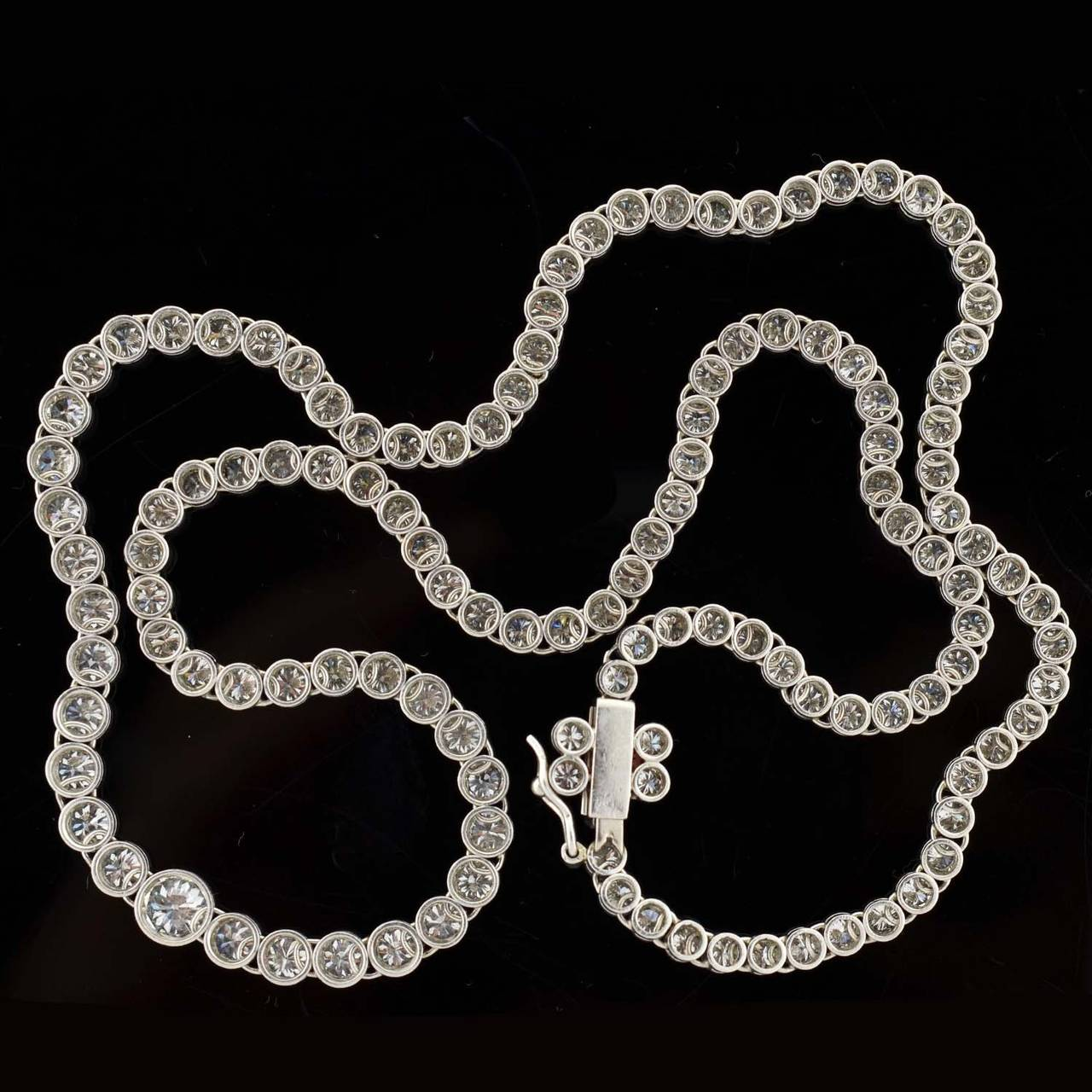 Contemporary Diamond Riviere Necklace For Sale 3