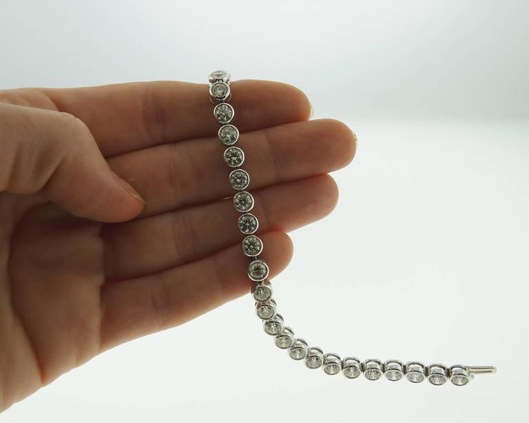 Brilliant-cut Diamond Gold Bezel-Set Tennis Bracelet  For Sale 3