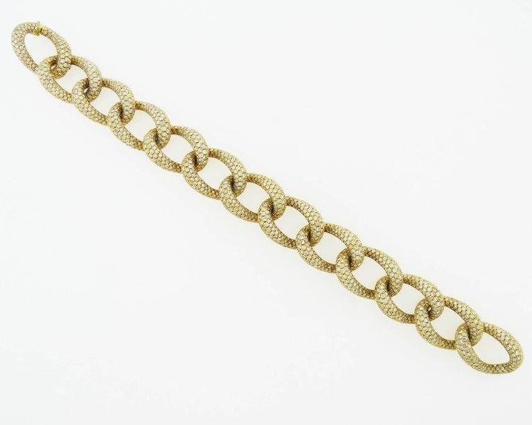 Round Cut Diamond 18 Karat Yellow Gold Link Bracelet For Sale