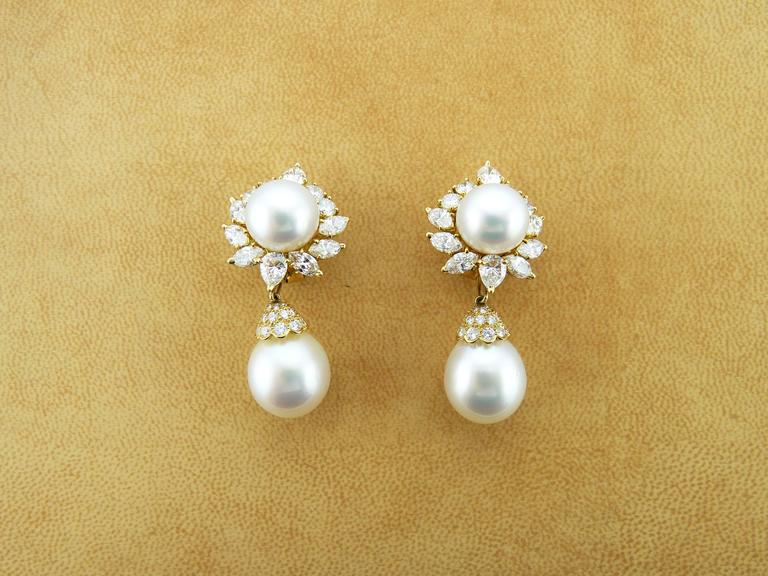 Van Cleef & Arpels Pearl Diamond 18 Karat Yellow Gold Earrings For Sale 1
