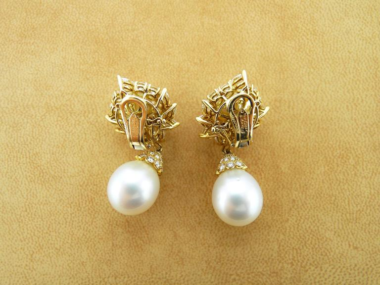 Van Cleef & Arpels Pearl Diamond Gold Earrings 4