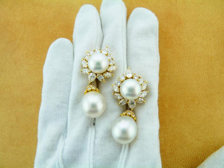 Van Cleef & Arpels Pearl Diamond 18 Karat Yellow Gold Earrings For Sale 2