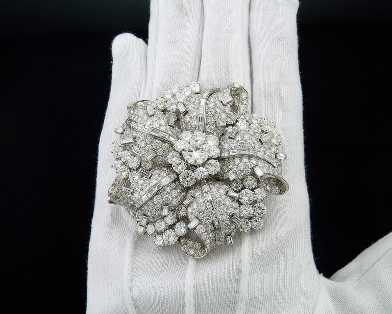 Bulgari Diamond Platinum Brooch In Excellent Condition For Sale In New York, NY