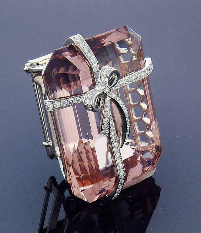 Women's or Men's Tiffany & Co. Morganite Diamond Platinum Brooch  For Sale