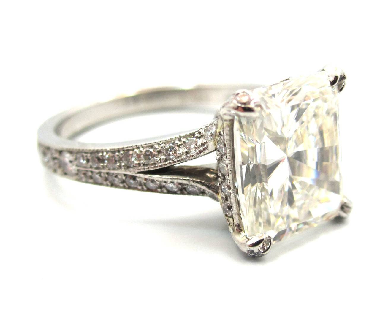 Neil Lane  Stone Engagement Ring