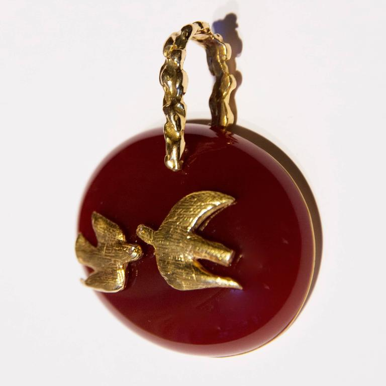 Modern 1963 Georges Braque Cornelian Gold Gaea Cupid and Psyche pendant For Sale