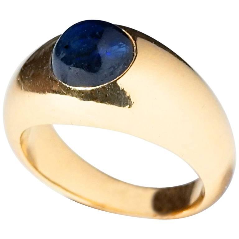Cartier Sapphire and 18 Karat Gold Dome Ring, circa 1930