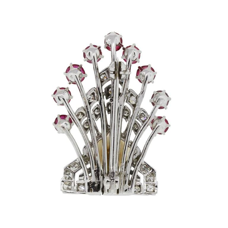 Platinum 0.40 Carats Diamonds 1.50 Carats Rubies Pearl Platinum Pin In Excellent Condition For Sale In Boca Raton, FL