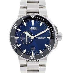 Oris Stainless steel Aquis Small Second Date Watch Ref 7673