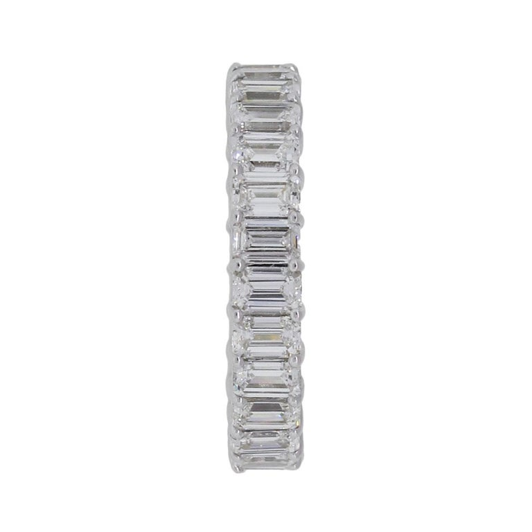 Emerald Cut Diamond Eternity Band In Excellent Condition For Sale In Boca Raton, FL