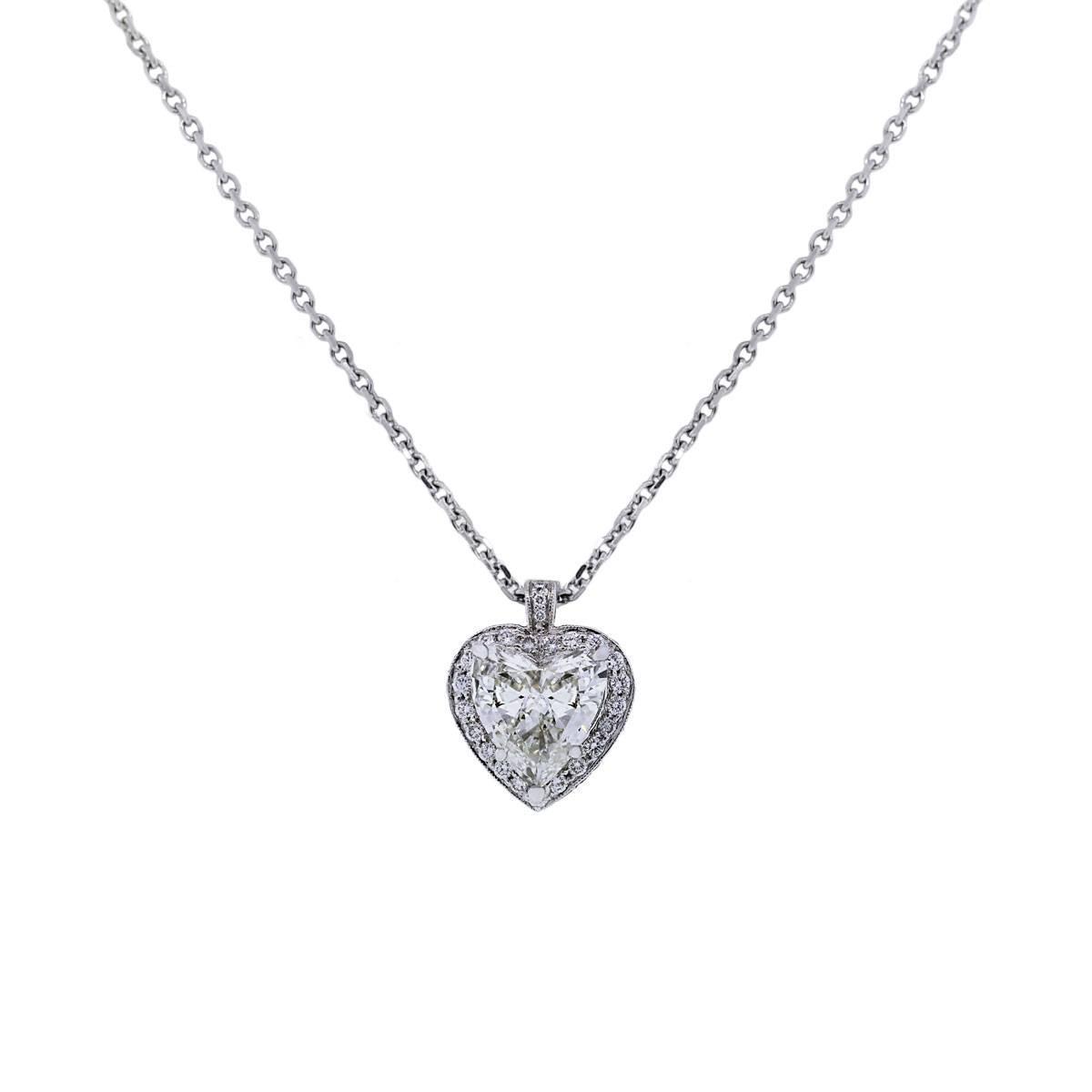 Diamond triangle pendant necklace