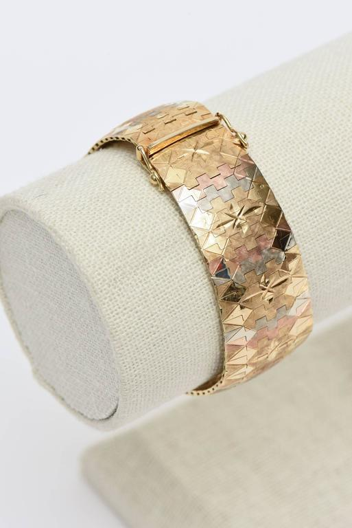 Vintage Tri-Color 18K Gold Diamond Patterned Cuff Bracelet For Sale 5