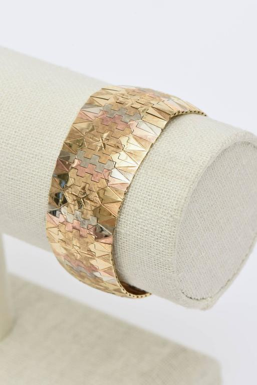 Vintage Tri-Color 18K Gold Diamond Patterned Cuff Bracelet For Sale 3