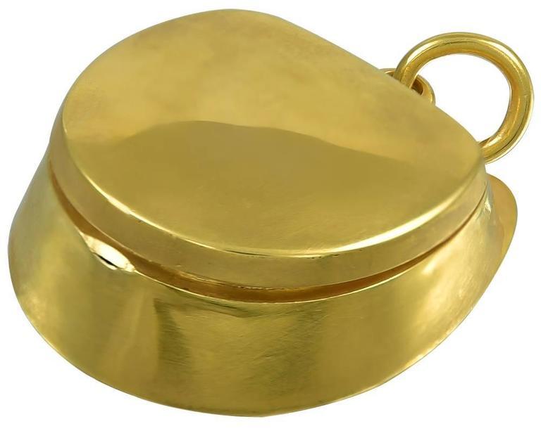 Antique agate horseshoe gold shaped locket for sale at 1stdibs for Vintage horseshoes for sale