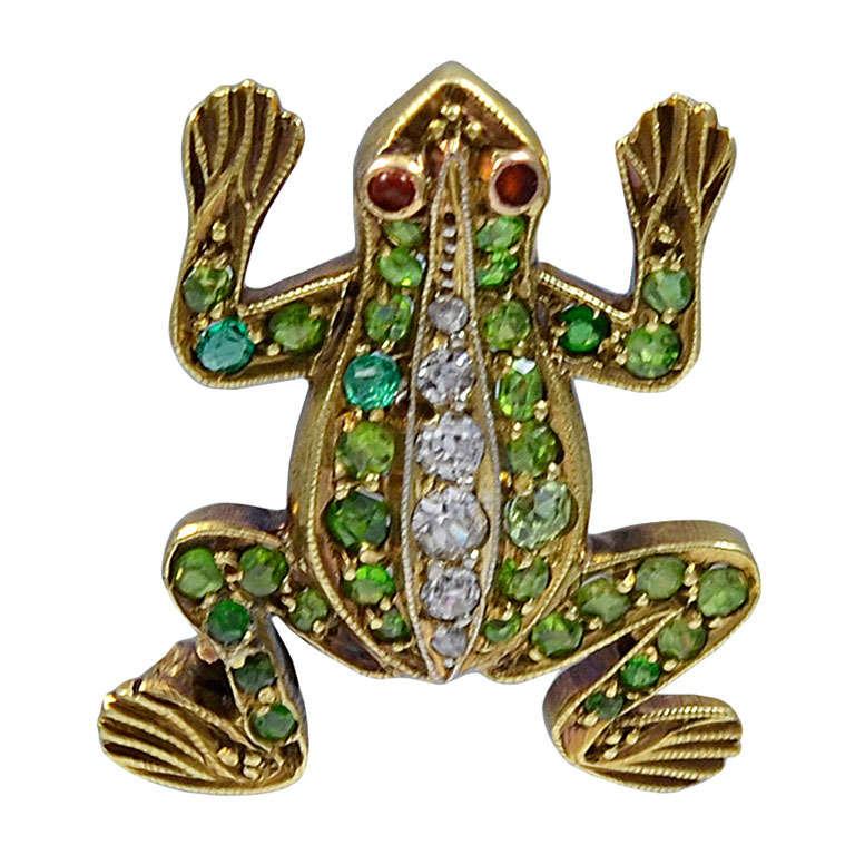 A Teeny Weeny Rain Forest Green Demantoid Garnet Frog Brooch For Sale